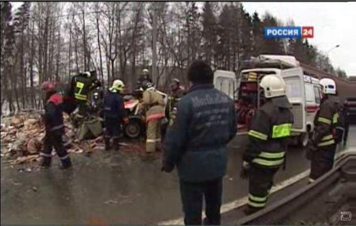 Крупное ДТП на Ленинградском шоссе  (6 фото + видео)