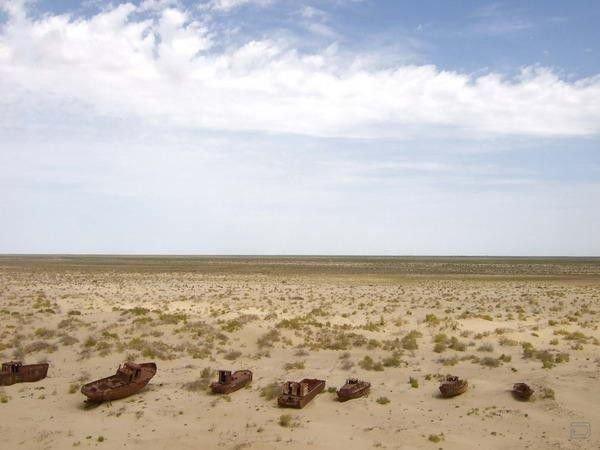 Опасные пустыни мира (6 фото)