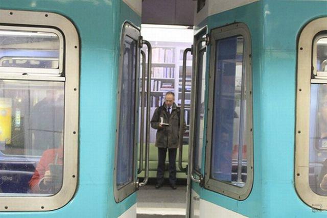 Прикольная акция IKEA во французском метро