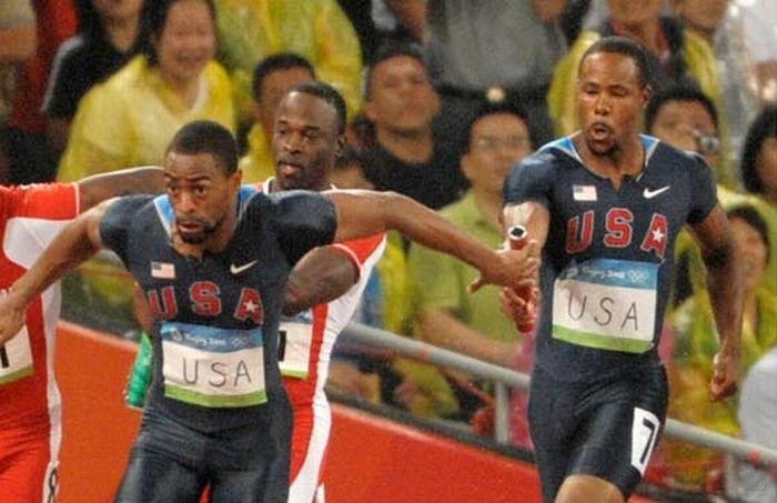 Провал на олимпийских играх во время эстафеты (6 фото)