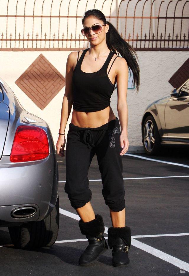 Николь Шерзингер (Nicole Scherzinger) (9 фото)