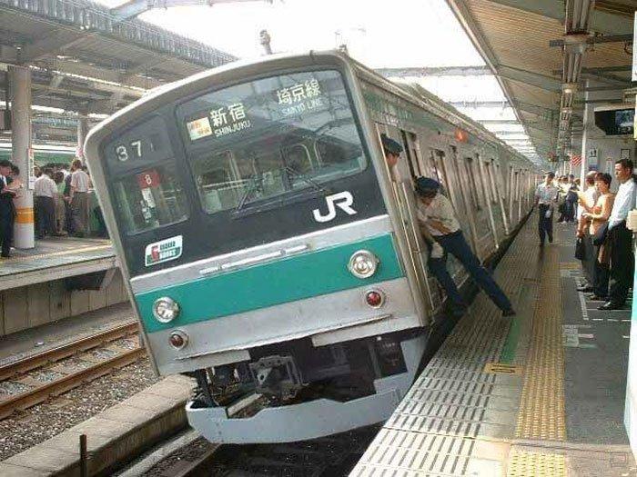 Такое может быть только в Японии (45 фото)