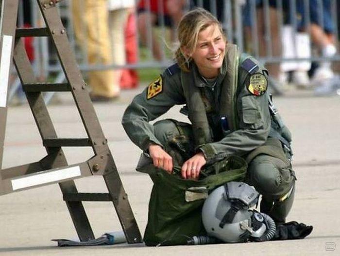 Девушки армии израиля 29 фото