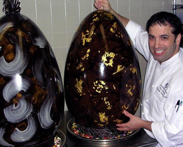 Как сделать огромный киндер сюрприз из шоколада
