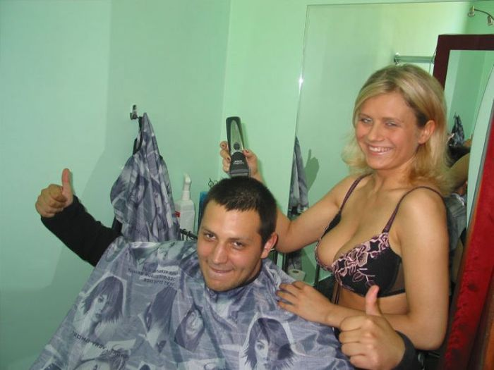 Фото эротика в парикмахерской 13 фотография