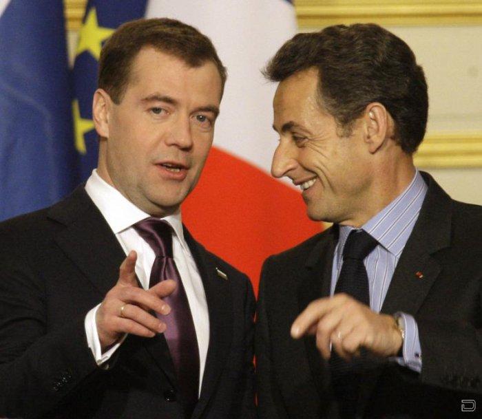 Визит президента Дмитрия Медведева во Францию