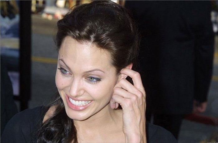 Прикольные фотографии Анджелины Джоли (79 фото)