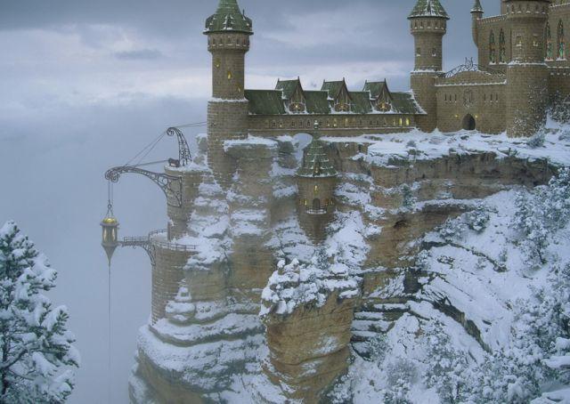 Удивительные фантастические замки