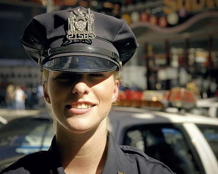Красивые фотографии девушек в униформе фото 319-624