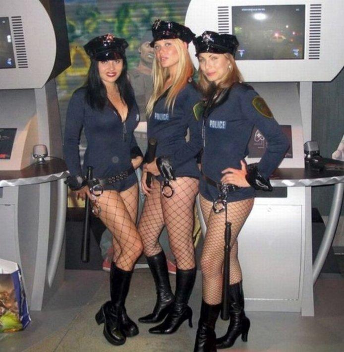 Секси девушки в униформе фото 28 фотография