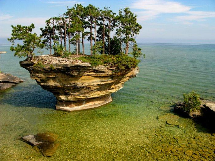 Гурон  - самое большое из Великих озер Северной Америки