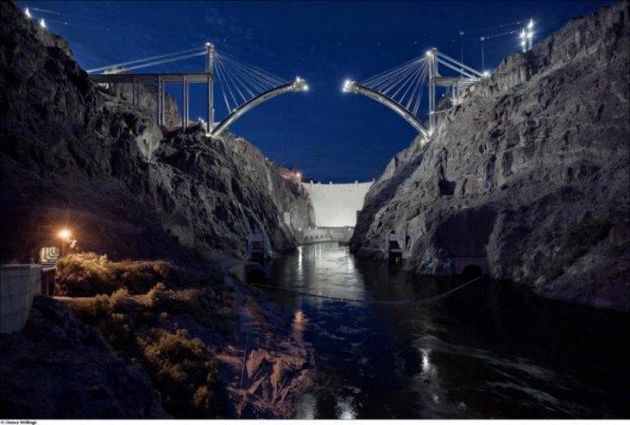 Мост на плотине Гувера