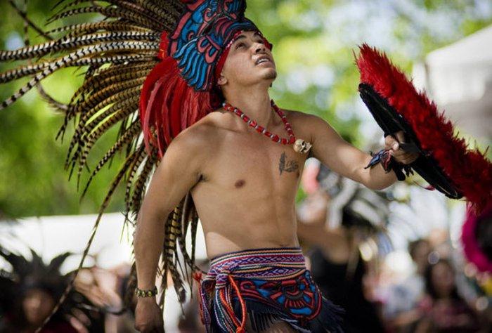 Фестиваль де ла Фамилия в Сакраменто