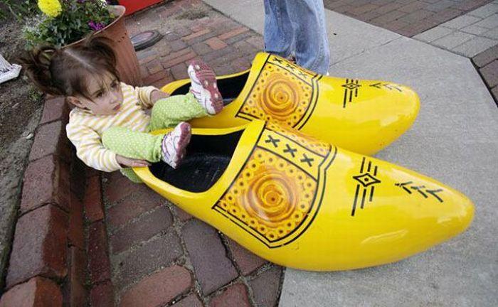 Прикольные детские картинки с обувью, надписями