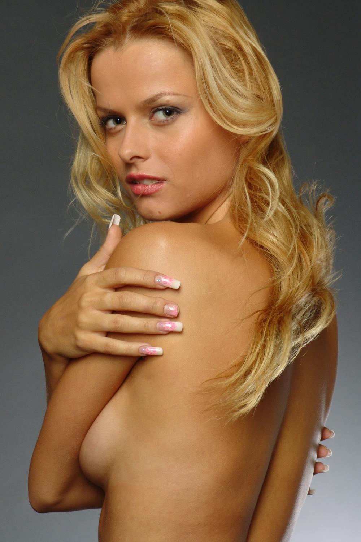 Русские актрисы неглиже 12 фотография