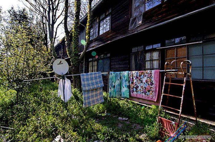 Общежитие в трущобах Японии (20 фото)