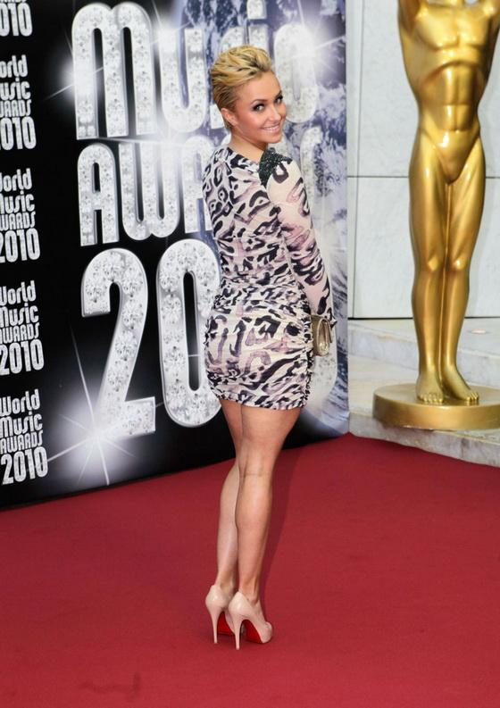 Подружка Кличко обтянула свои целлюлитные формы