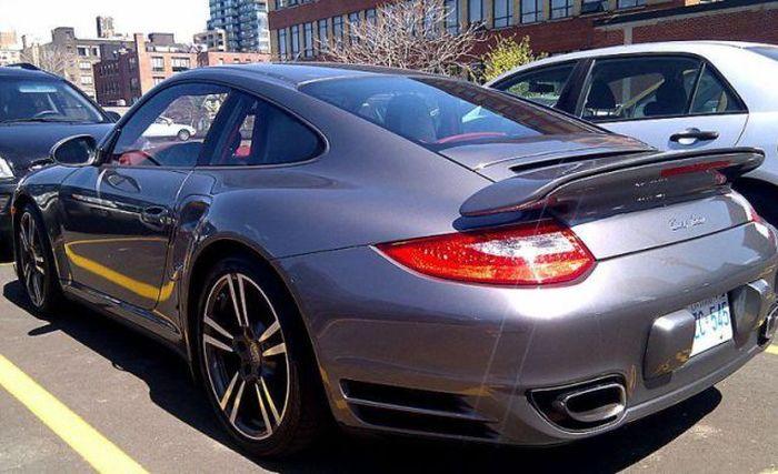 Porsche 911 Turbo разбился во время краш-теста (10 фото)
