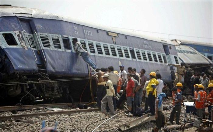 Трагедия в Индии (8 фото)