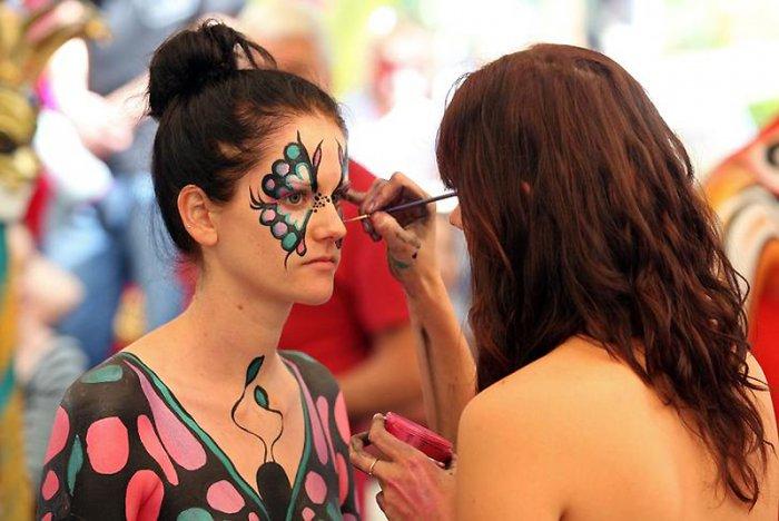 Фестиваль бодиарта в австралийском городе Эумунди (25 фото)
