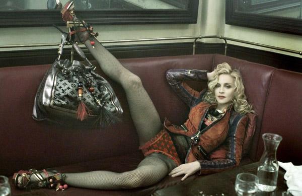 Мадонна без и с фотошопом