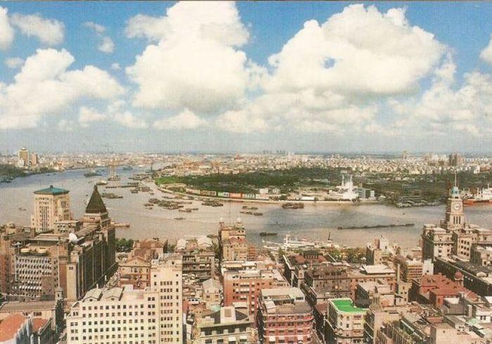 Изменения города в течение 20-ти лет (3 фото)