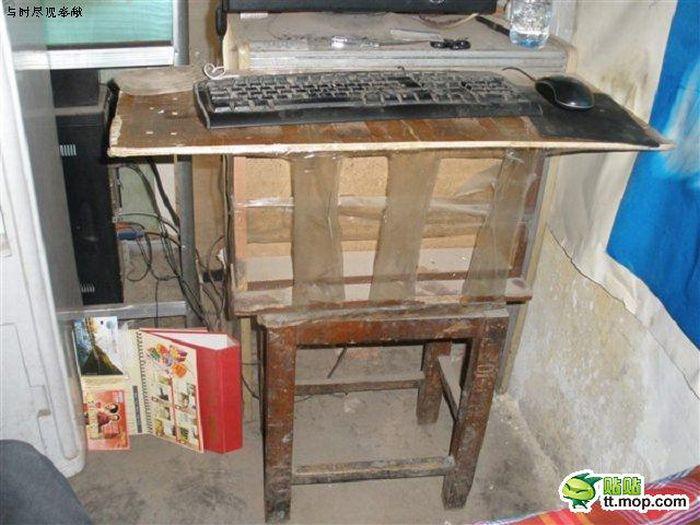 Жуткое интернет-кафе (6 фото)