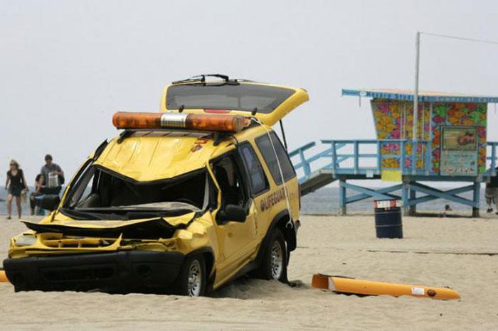Отличная шутка на пляже (4 фото)
