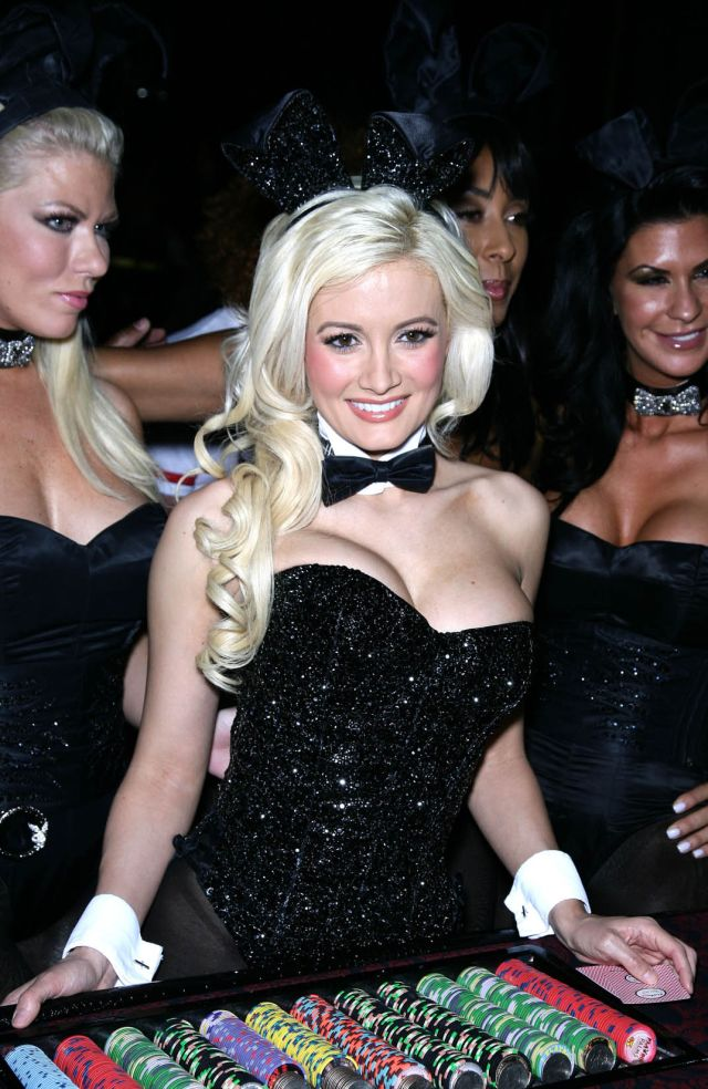 Holly Madison (9 фото)
