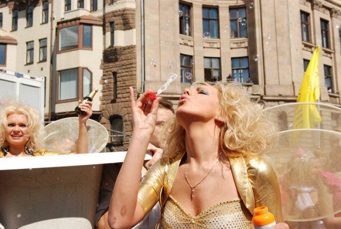 Парад блондинок в Риге