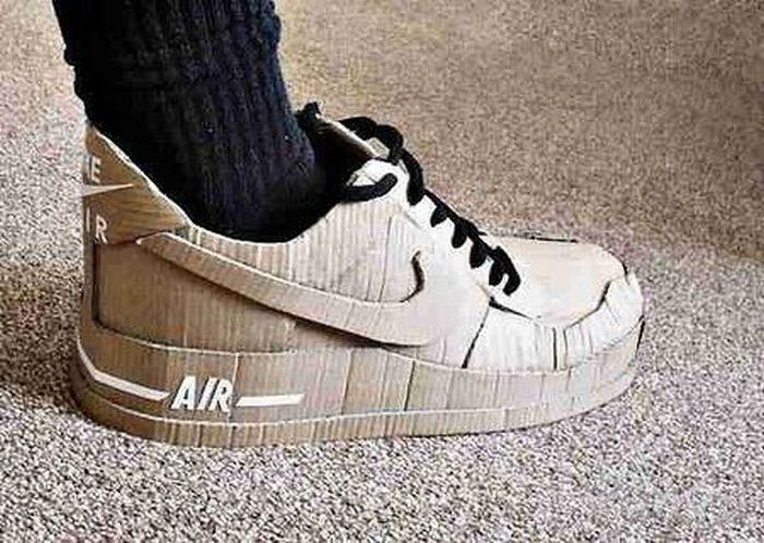 Картинка смешная кроссовки