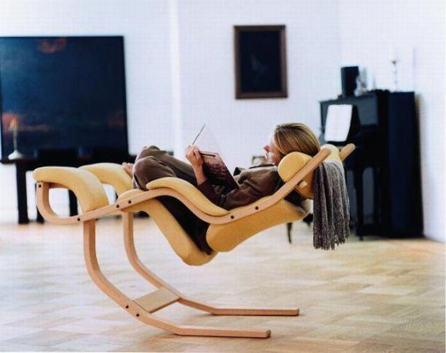 Кресло - качалка (6 фото)