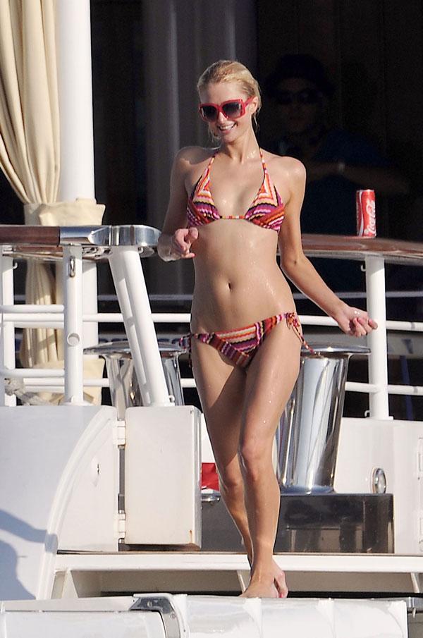 Paris Hilton (7 фото)
