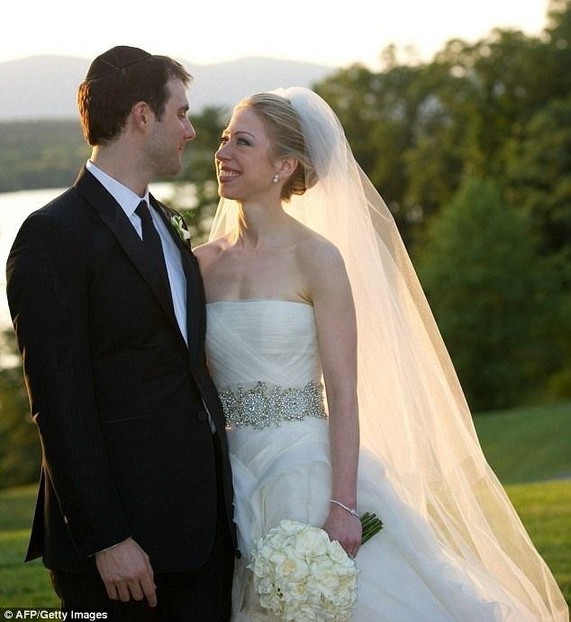Дочь Билла и Хиллари Клинтон вышла замуж (6 фото)