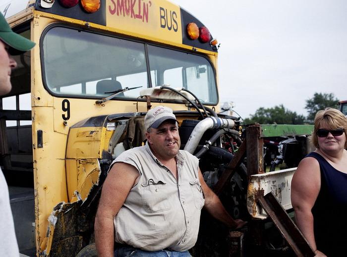Гонки на автобусах (10 фото)