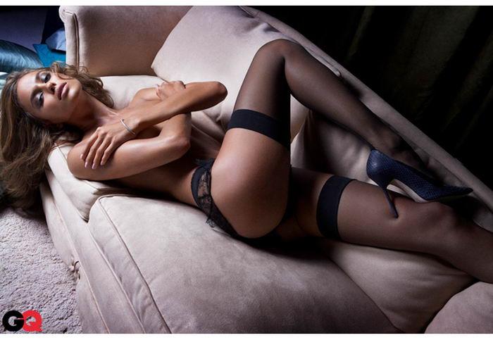 Модель Ирина Шейк разделась для журнала GQ