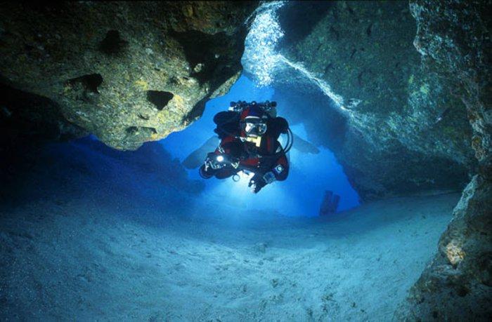 Дайвинг в пещерах (15 фото)