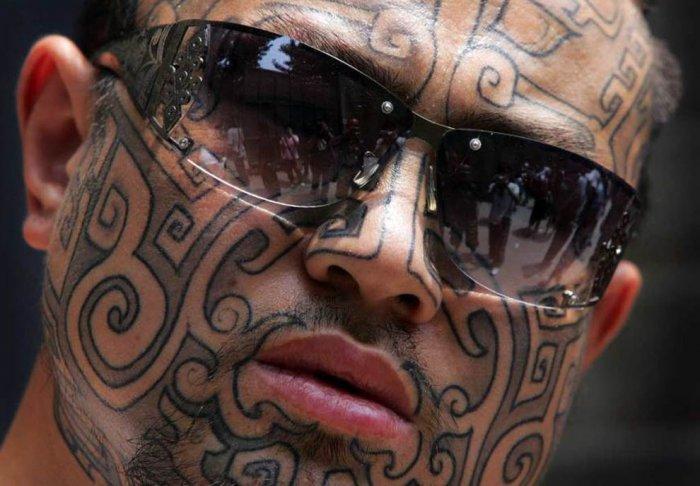 Татуированные лица