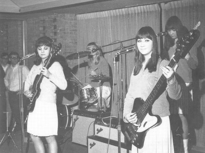 Музыкальные коллективы прошлых лет (19 фото)