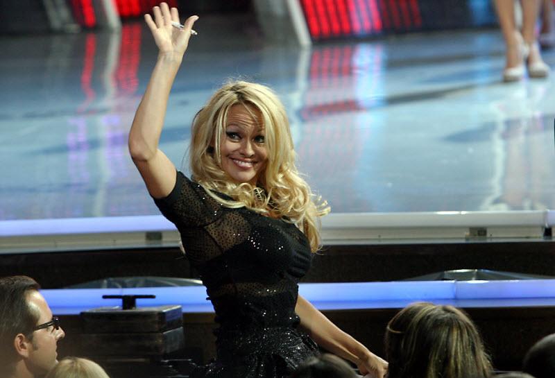 Жюри Мисс Украина-2010 возглавила итальянская актриса Орнелла Мути. Вместе с ней самую красивую девушку страны выбирали: известная супермодель Памела Андерсон, актриса Элизабет Херли, актер Жан-Клод Ван Дамм, модель Снежана Онопко