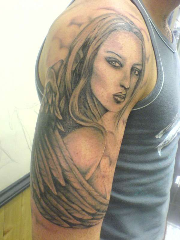 Интересные татуировки (25 фото)
