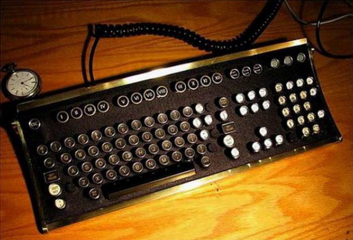 Оригинальная клавиатура в стиле стимпанк (44 фото)
