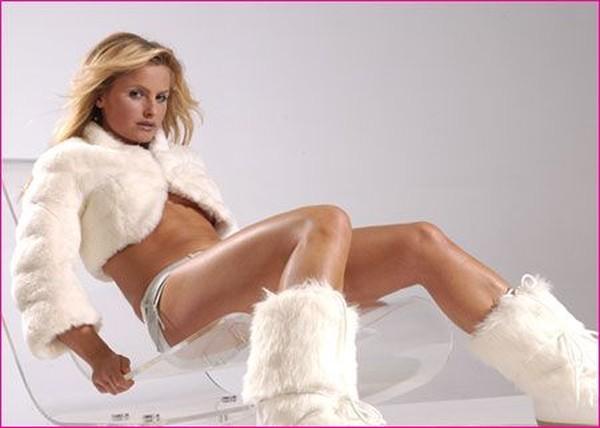 Олимпийская чемпионка по хоккею на траве в журнале FHM (11 фото)