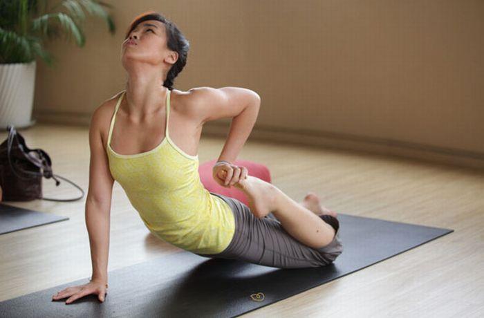 Экстремальные позы в йоге (46 фото)