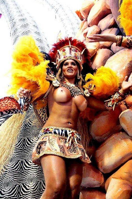 Порно фото задниц с карнавалов в южной америке, яка найкраща прическа на пизде