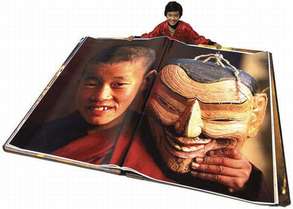 Самая большая в мире книга (6 фото)