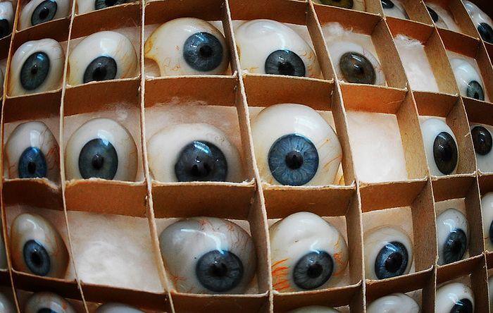 Производство глазных протезов