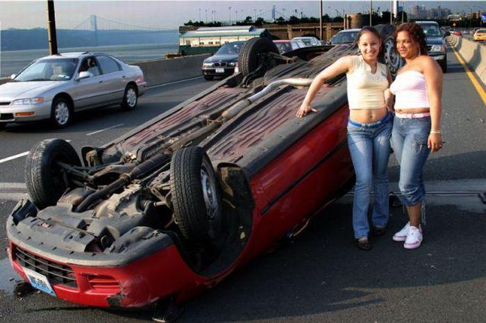 Вот так и паркуются,мастера вождения.