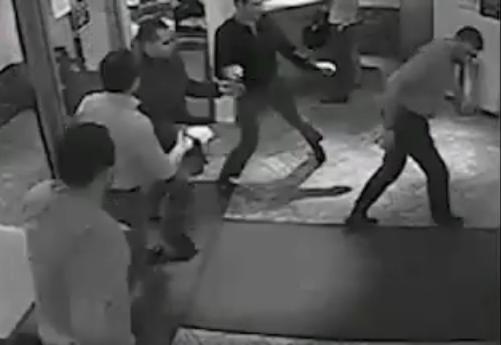 Милиционер устроил стрельбу в ночном клубе