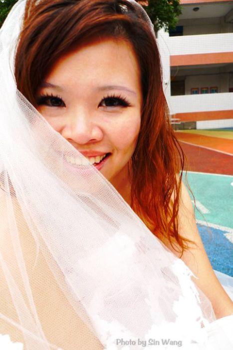 Она вышла замуж сама за себя (11 фото)